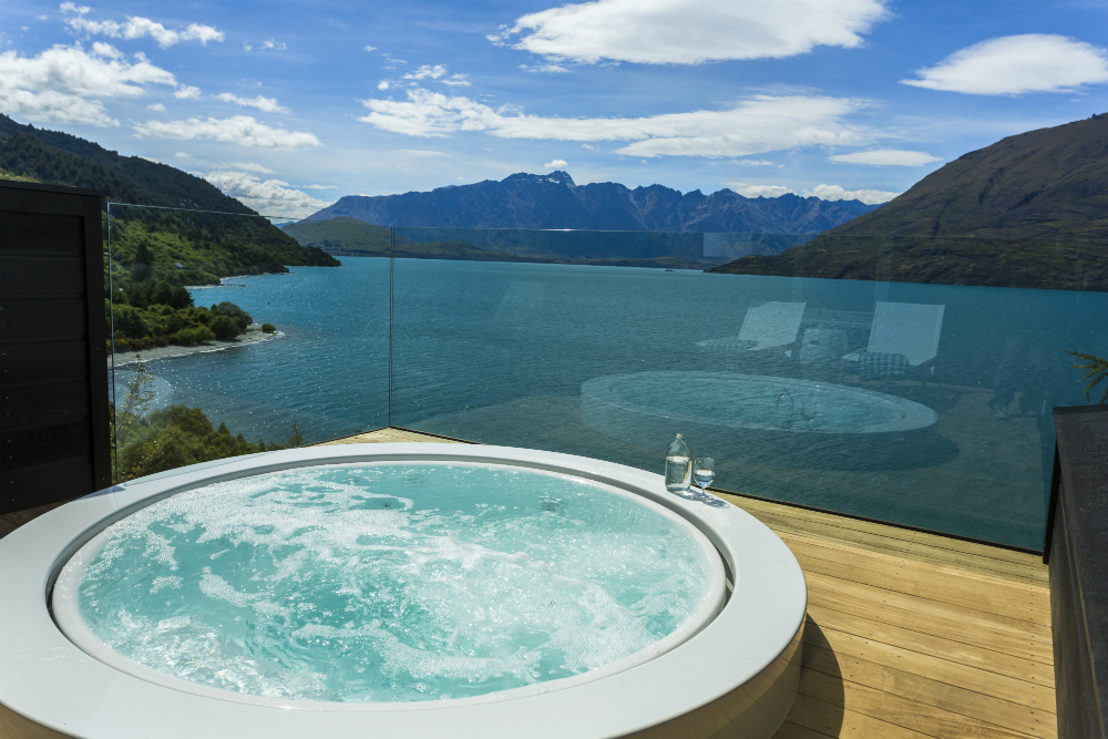 Hot tub at Matakauri Lodge